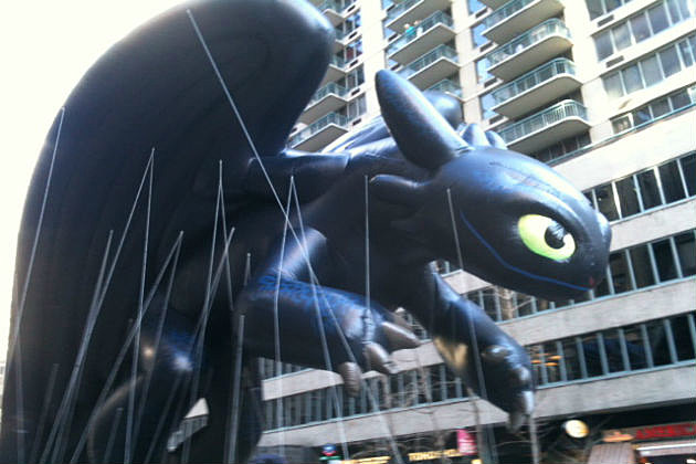 Toothless float at the Macy Day Parade