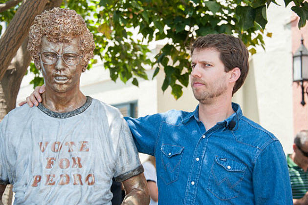 Napoleon Dynamite statue and Jon Heder