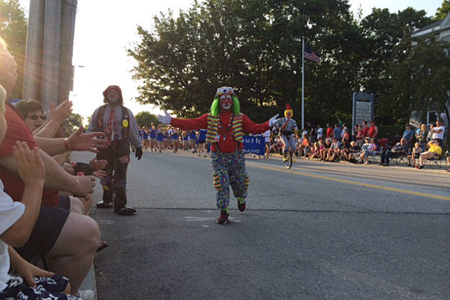 Clown at Yarmouth Clam Festival parade