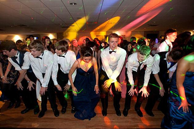 high school prom dance grinding