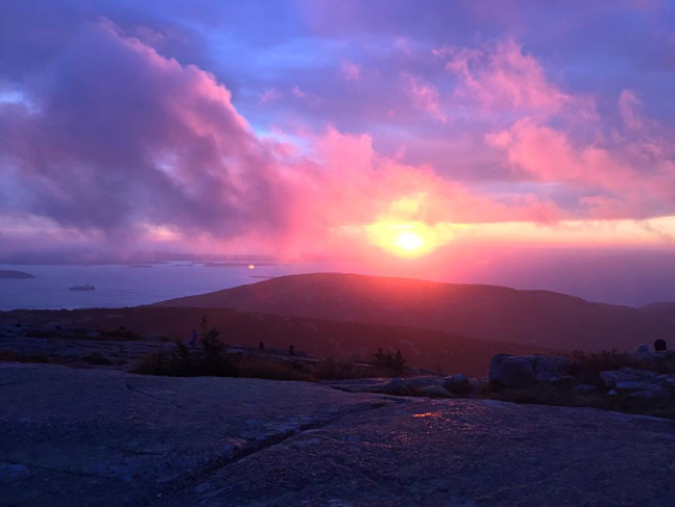 4 Stunning Spots to Watch the Sunrise in Maine