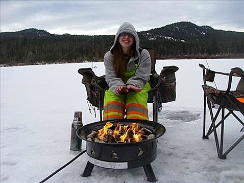 10 things we do in maine that must seem ridiculous to for Maine ice fishing