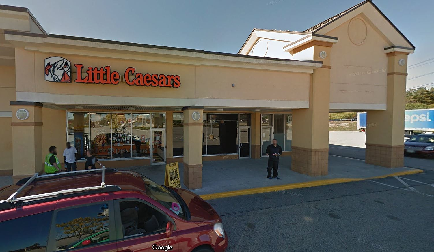 Little Caesars At The Pine Tree Shopping Center In Portland Mysteriously  Closes