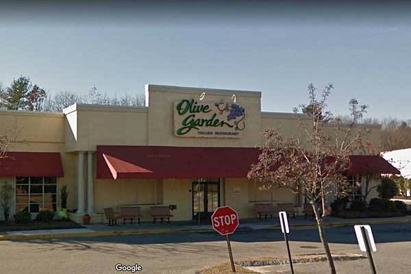 the unlimited pasta pass is back at maine olive gardens