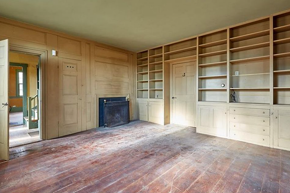 Home For Sale In Newcastle Maine Still Boasts 1700s Wood Floors