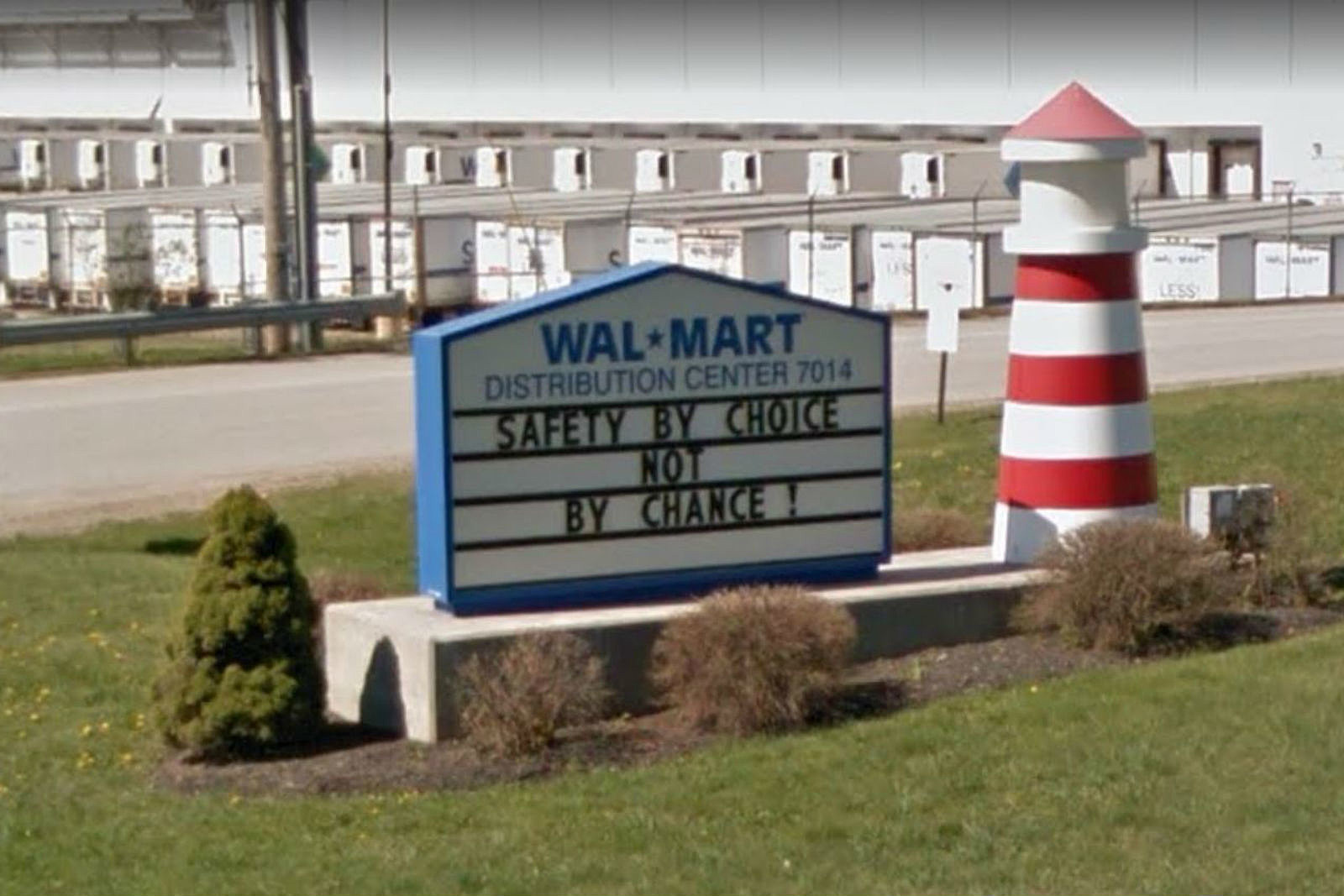the walmart distribution center in lewiston needs more drivers